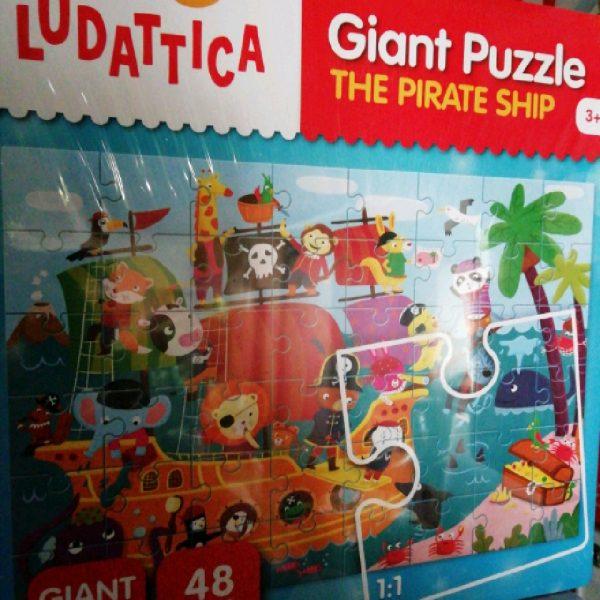 Puzzle géant bateau pirate